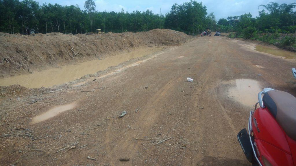 Bán đất nền phân lô sau chợ Cầu 2